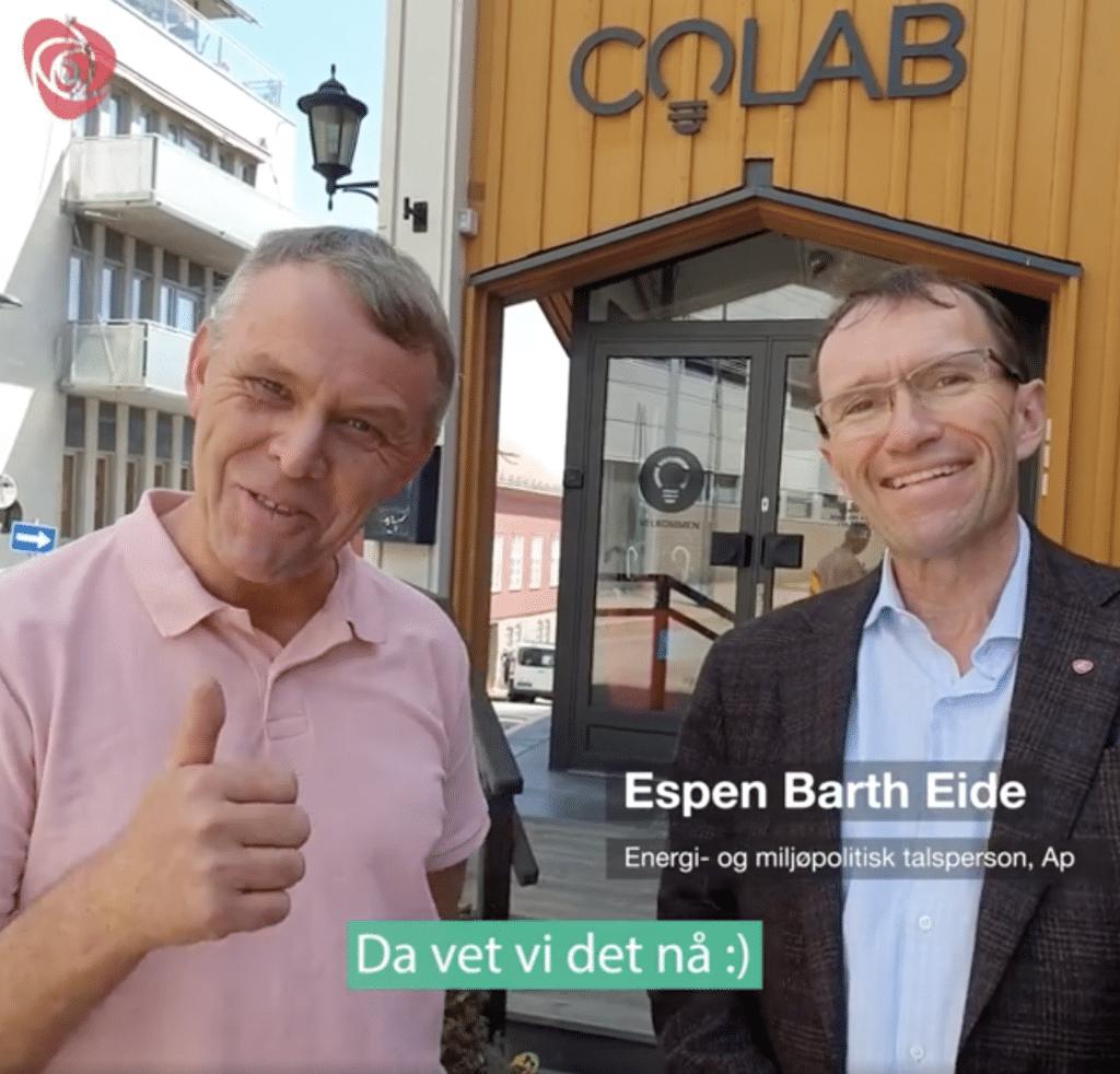 Espen Barth Eide foran Colab bygg i gult
